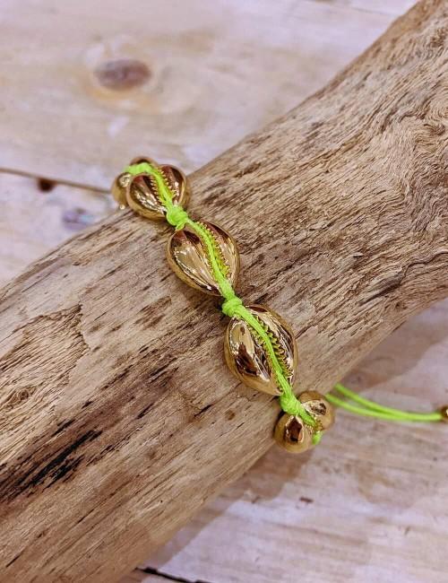 Bracelet coquillages dorés - Boutique l'ananas