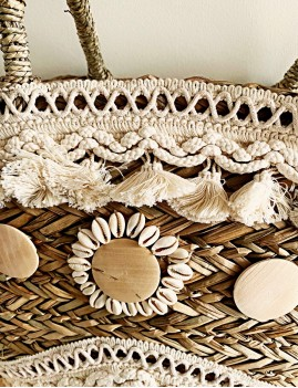 Grand panier en osier pompons hippie - Boutique l'ananas