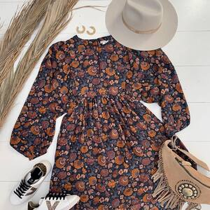 #outfitoftheday Nouvelle collection en ligne ✨ Venez la découvrir les nanas 🍍❤️  #newco #ootd #outfit #outfitfashion #bohemestyle #boheme #boutiquelananas #bordeaux #ibiza #ibizastyle #coachella #coachellaoutfit